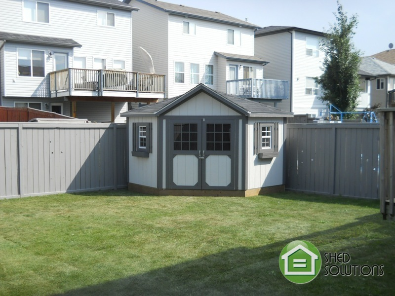 10x10-Garden-Sheds-The-Everett-Corner-Unit-15
